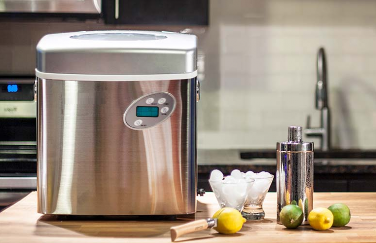 Buying a Portable Ice Maker? This Guide is for You