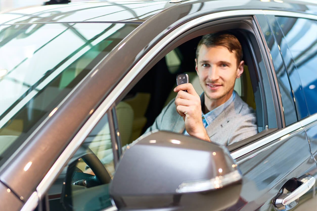 Top 7 Reasons Why You Should Consider Buying A Used Car!