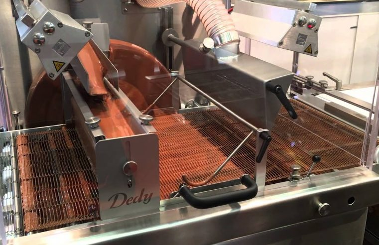5 Factors To Remember When Buying A Chocolate Enrobing Machine