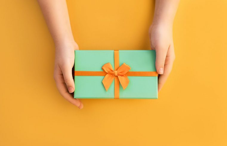 Brilliant thank you gifts to please your clients