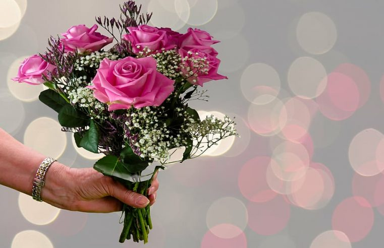 Possible occasions to send flowers to your loved ones